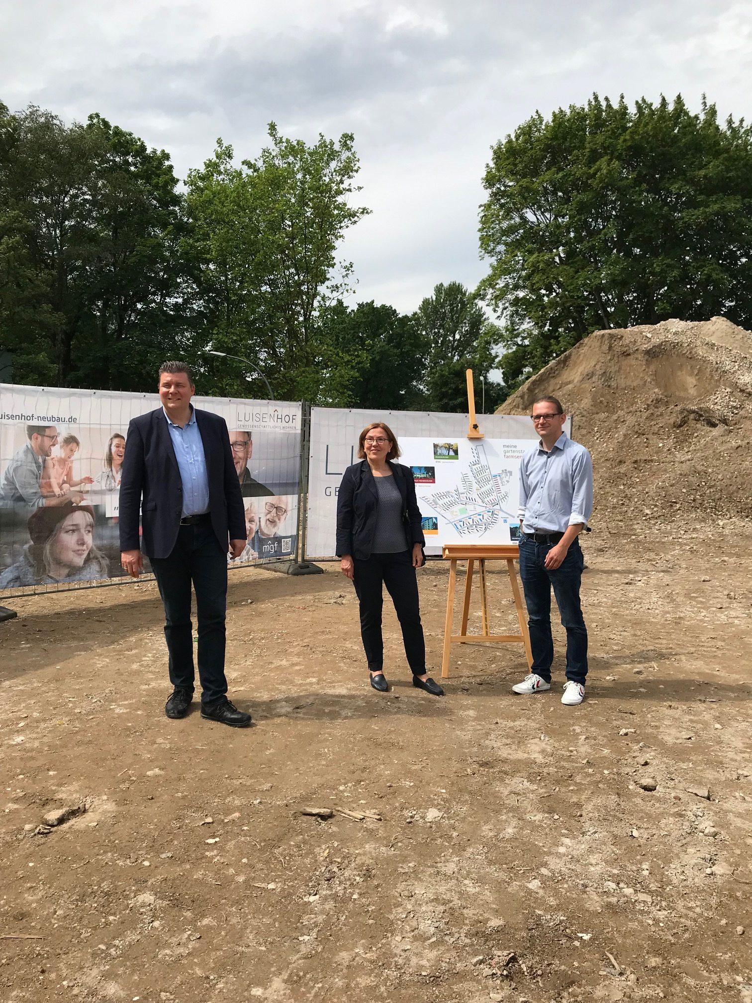 NEUE BODENPOLITIK SORGT FÜR NEUE BEZAHLBARE WOHNUNGEN: Mietergenossenschaft entwickelt Gartenstadt Farmsen weiter